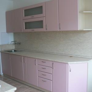 Кухня от МДФ лак в цвят розово