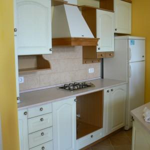 Кухня от Масив Дъб в цвят избелен дъб