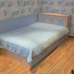Детска стая от ЛПДЧ в цвят избелен дъб и светло синьо
