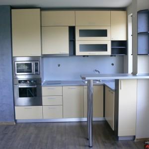 Кухня от МДФ лак в цвят крем