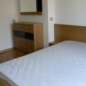 Спалня от МДФ фурнир ДЪБ в естествен цвят