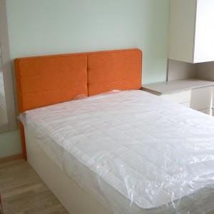 Спалня от ЛПДЧ в цвят лен и алабастър